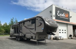Caravane à Sellette Crusader 334CKT 2014!!